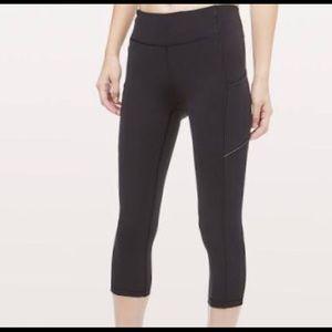 Lululemon RUCHED Super Skinny Cropped Pants Black6